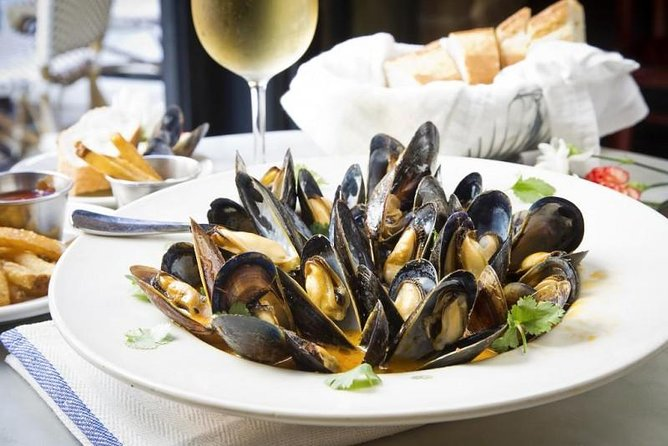Bowl of steamed mussels in Charleston